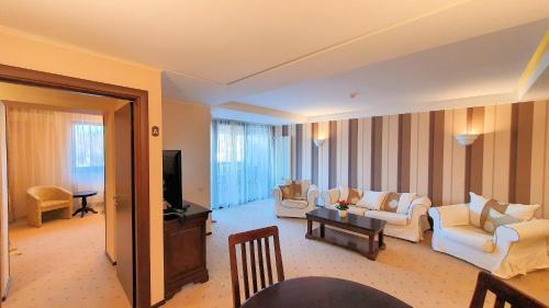 Apartament 2706 Alpin Resort, etaj 7, Poiana Brașov - Hotel - Poiana Brasov