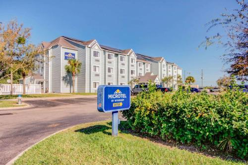 . Microtel Inn and Suites - Zephyrhills