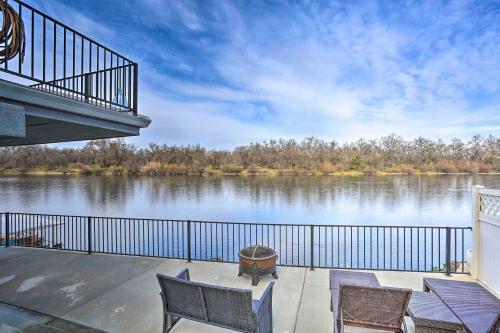 Sacramento River Retreat on the Rivers Edge! - Apartment - Anderson