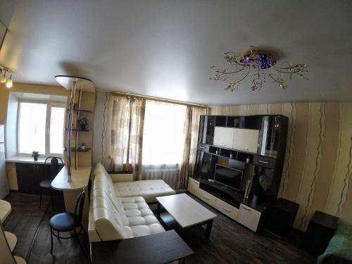 . Apartment Tushkanova 3