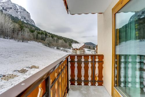 . Apartment with 2 bedrooms in Thollon les Memises with wonderful mountain view furnished balcony and WiFi