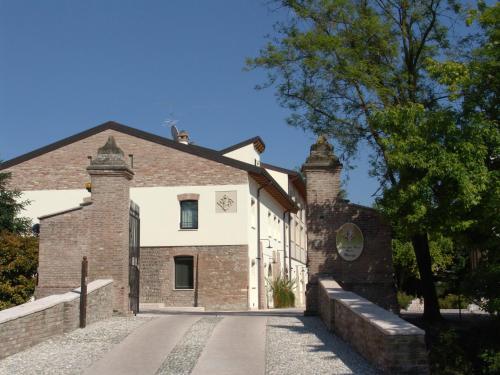 . Corte Della Rocca Bassa