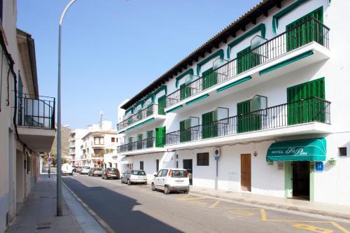 Paseo Anglada Camarasa, 77, Port de Pollensa, 07470, Majorca, Spain.