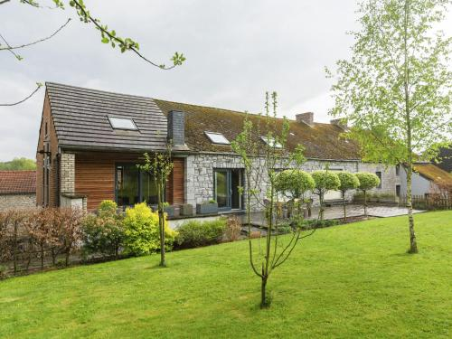 . Spacious Cottage in Cerfontaine with Garden