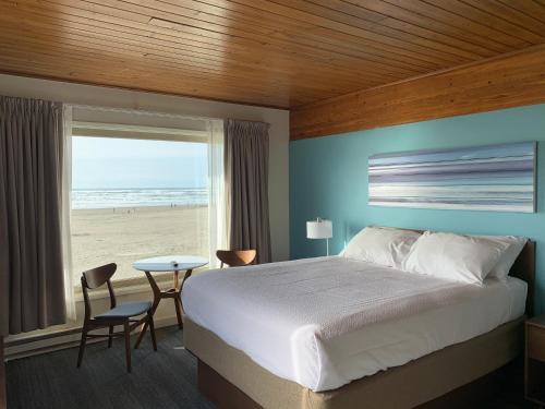 . Ocean Front Motel