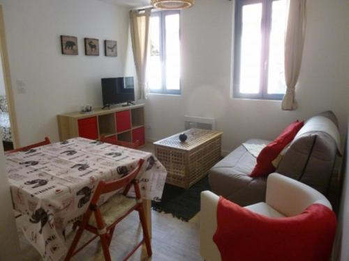 . Appartement Ax-les-Thermes, 2 pièces, 4 personnes - FR-1-116-58