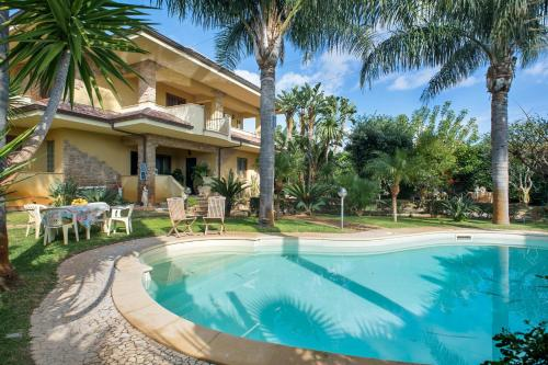 . Apartment with 2 bedrooms in Bovalino with shared pool furnished balcony and WiFi 300 m from the beach