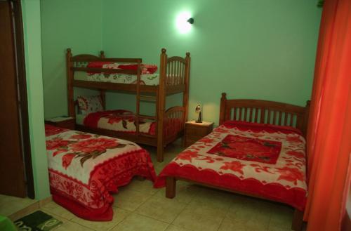Hostel Peter Pan salas fotos