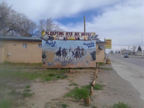 Sleeping Ute Mountain Motel - Cortez, CO 81321