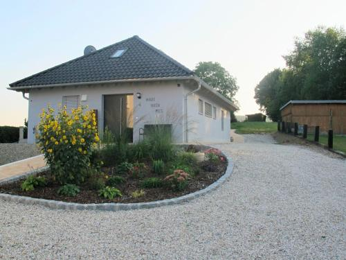. Spacious Holiday Home in Kleinwinklarn with Pool