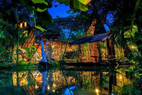 . Suankaew Art Cottage