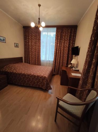 Derzhavniy Hotel - image 8