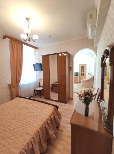 Derzhavniy Hotel - image 5