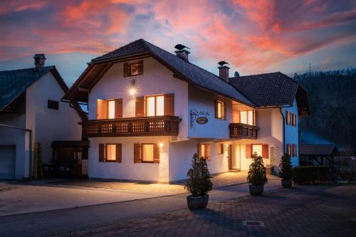 Holiday Lake - Apartment - Bled