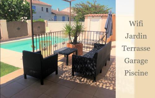 Belle villa arlésienne avec piscine, terrasse, jardin, garage - Location, gîte - Arles