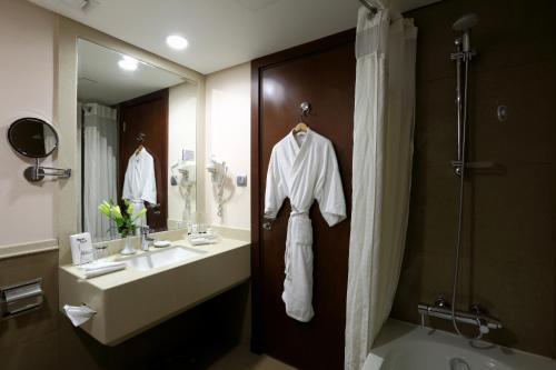 Holiday Inn Riyadh Izdihar, an IHG Hotel - image 6