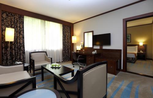 Holiday Inn Riyadh Izdihar, an IHG Hotel - image 11