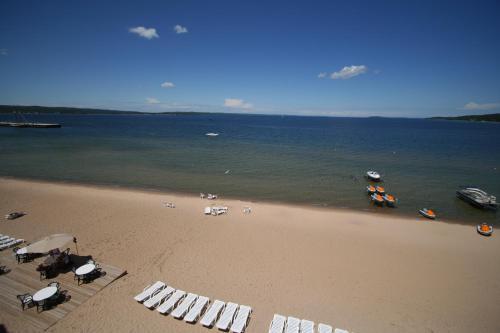 Bayshore Resort