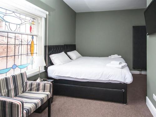 Grosvenor Place Guest House - Photo 7 of 52