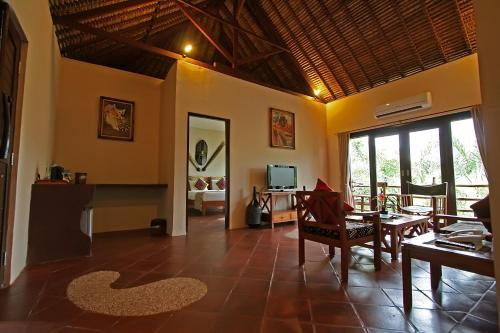 Kifaru Family Suite