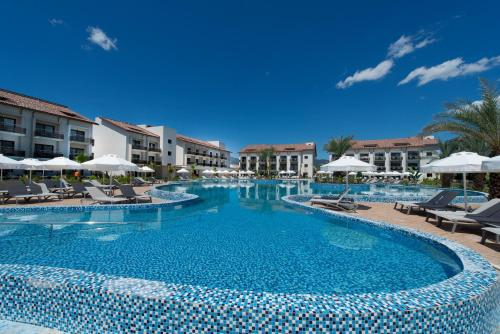 TUI SENSATORI Resort Barut Fet..