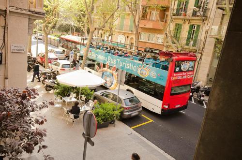 Free Hostels Barcelona photo 9