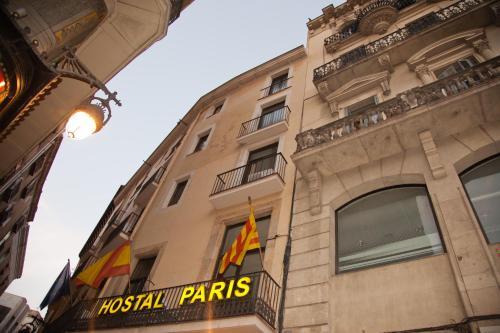 Hostal Paris photo 4