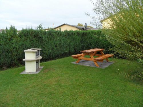 Ferienwohnungen Gartentraum & Sonnenstrahl photo 8