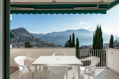 . BELGOLFO ATTIC with Lake View
