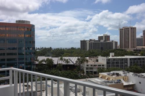 Aqua Oasis - Honolulu, HI 96815