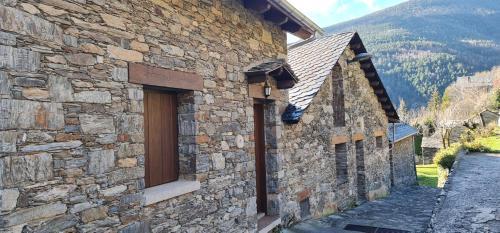 Apartaments Rurals XIX - Hotel - Queralbs
