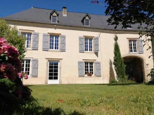 Domaine de la Castagnère - Accommodation - Castetnau-Camblong