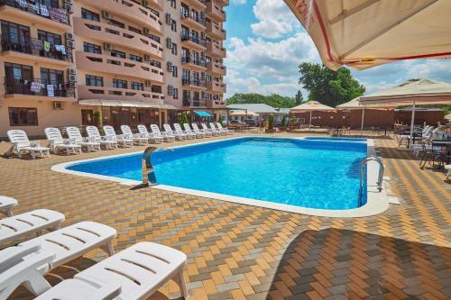 . Hotel Alfa Summer