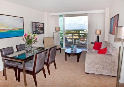 GALLERYone - a DoubleTree Suites by Hilton Hotel - image 7