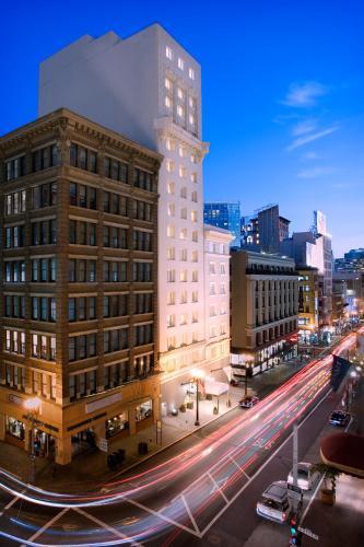 340 Stockton Street, Union Square, San Francisco, CA 94108, USA.