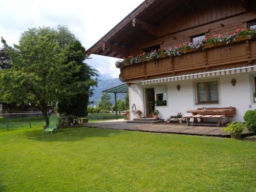Apartment in St. Johann in Tirol 555 - Alpendorf