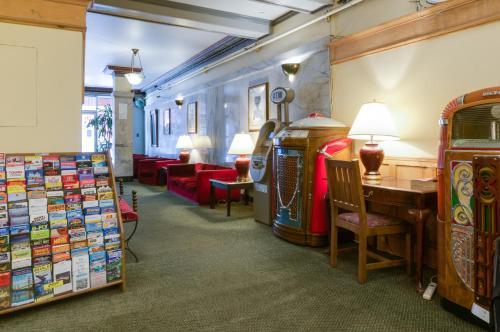 Aida Plaza Hotel - San Francisco, CA CA 94103
