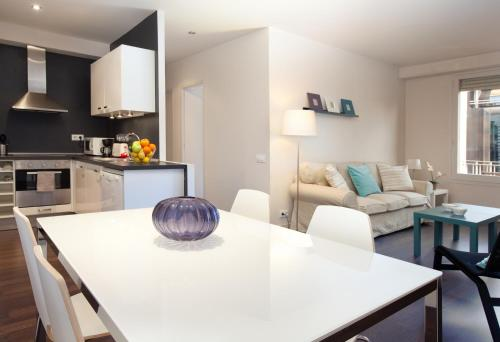 LetsGo Diagonal Avenue Apartment impression