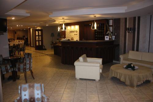 . Hotel Cariatis