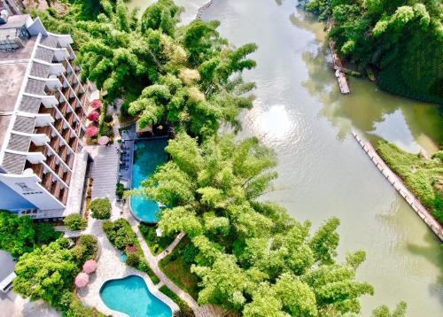 . Yangshuo Courtyard Hotel Yulong River