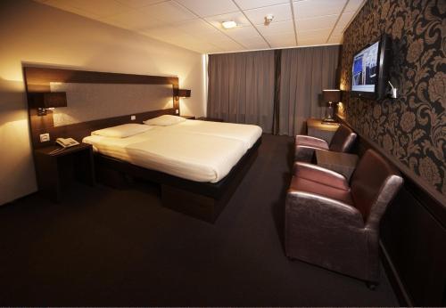 فندق بليس