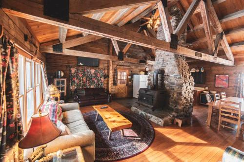 Ogontz Rustic Resort - Lisbon, New Hampshire