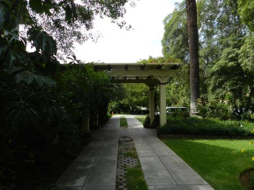 201 Orange Grove Avenue South Pasadena, California, 91030, United States.