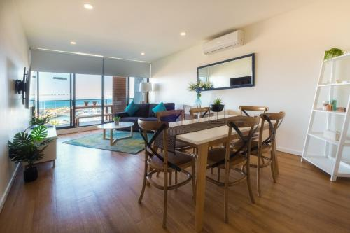 . Waterfront Apartments Marinaquays -Apt 221 and Apt 234