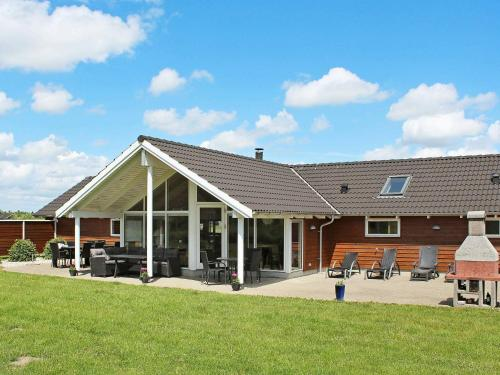 . Five-Bedroom Holiday home in Idestrup 3