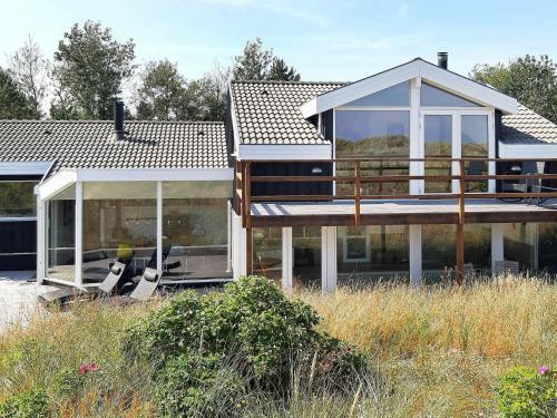 Four-Bedroom Holiday home in Ålbæk 3, Pension in Ålbæk