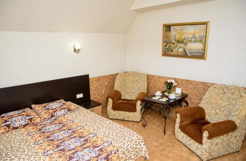 . Erunin Hotels Group, Tolstogo 77