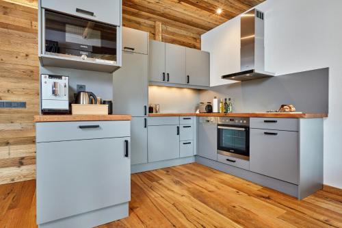 Alpis Ferienwohnung - Apartment - Garmisch-Partenkirchen