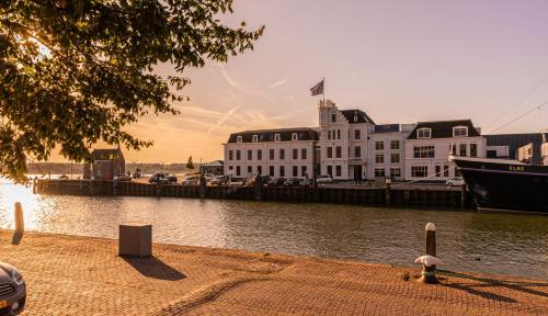 . Hotel Maassluis