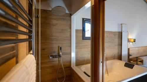 Superior King Suite - single occupancy Hotel Gredos Maria Justina Adults Only 9